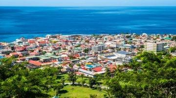 العيش في دومينيكا