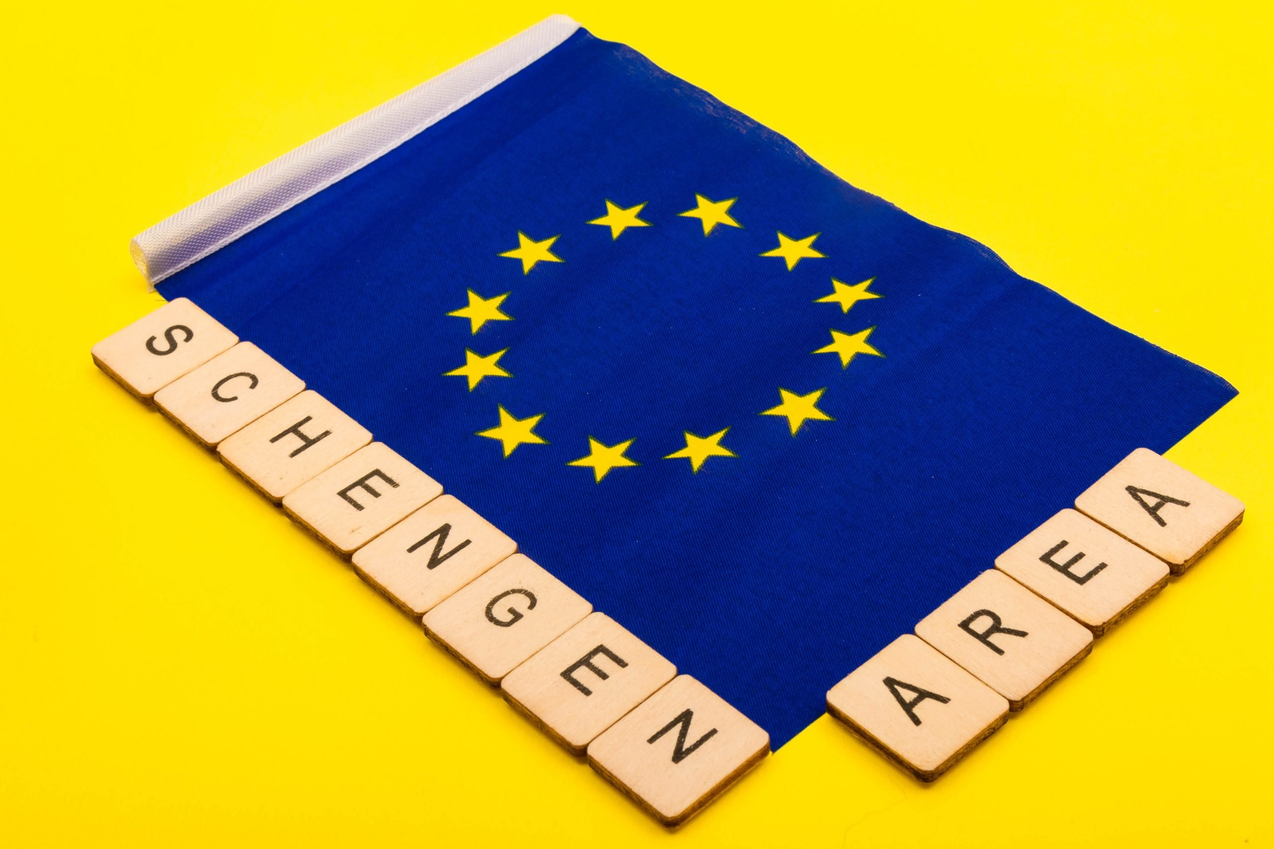 Which Countries are permitted visa free entry to the Schengen Area?